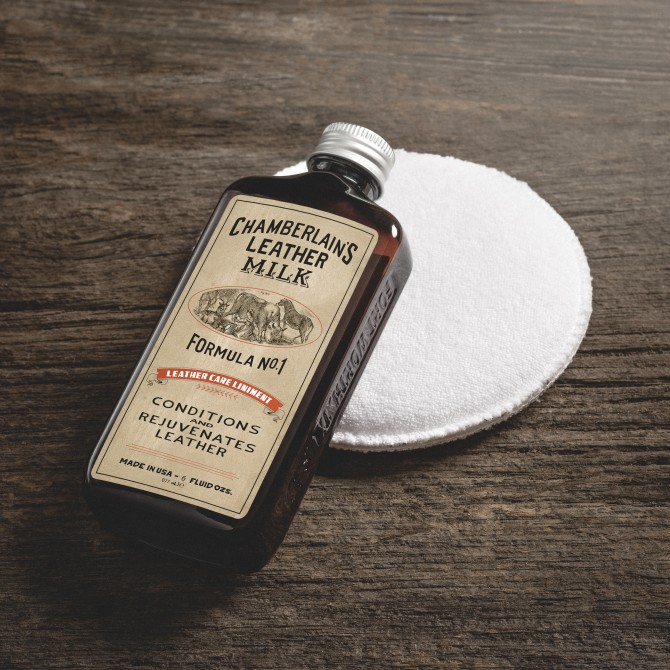 CHAMBERLAIN'S FORMULA N°1 - 6OZ CHAMBERLAIN'S LEATHER CARE LINIMENT MILK - 3